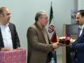 گزارش تصویری / به مناسبت روز اصناف انجام شد:تقدیر از رئیس اتاق اصناف شهرستان با حضور شهردار ،رئیس و اعضای شورای شهر مبارکه