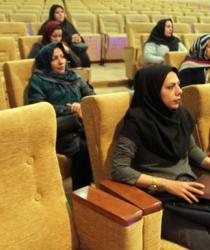 گزارش تصویری / دوره آموزشی زندگی سالم و فرزند پروری ویژه همسران کارکنان شهرداری مبارکه برگزار گردید
