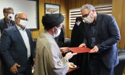 دیدار جمعی از مسئولین شهرستان با شهردار مبارکه به مناسبت گرامیداشت روز شهرداریها