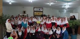بازدید دانش آموزان مدرسه استاد شهریار از کتابخانه مجتمع فرهنگی غدیر به مناسبت هفته کتاب
