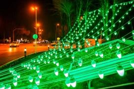 تزئینات روشنایی شهری