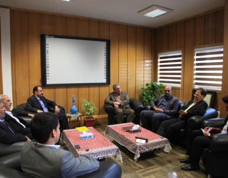 گزارش تصویری / دیدار مسئولین بانک شهر با شهردار و رئیس شورای اسلامی شهر مبارکه