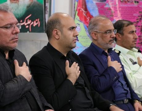 با حضور مردم و مسئولین : مراسم ارتحال بنیانگذار کبیر انقلاب اسلامی در شهر مبارکه برگزار گردید