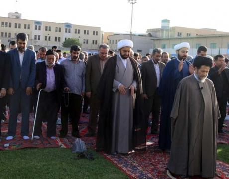 گزارش تصویری /نماز با شکوه عید فطر سعید فطر با حضور مردم و مسئولین در شهر مبارکه برگزار شد