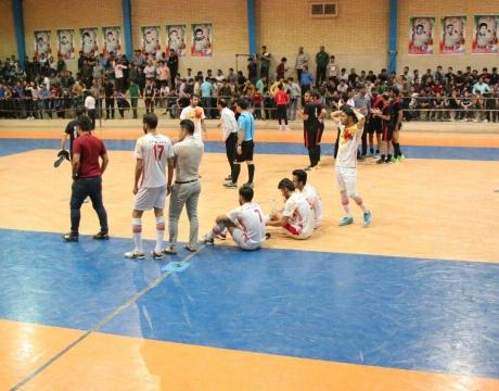 گزارش تصویری / حضور شهردار و اعضای شورای اسلامی شهر مبارکه در مراسم اختتامییه مسابقات فوتبال جام رمضان شهرستان مبارکه