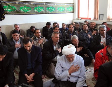 گزارش تصویری/ برگزاری مراسم روضه خوانی و قرائت زیارت عاشورا به مناسبت ایام فاطمیه /سازمان آتش نشانی شهرداری مبارکه