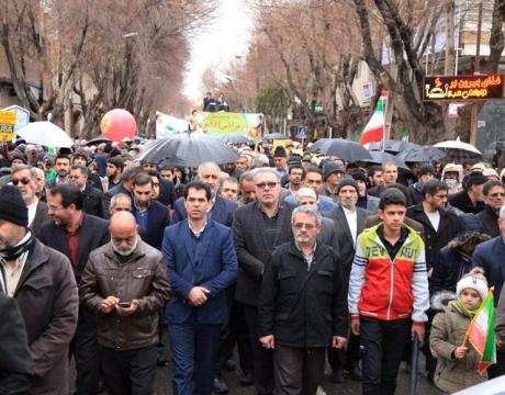 حضور پرشور مردم شریف و شهید پرور شهر مبارکه در راهپیمایی یوم الله 22 بهمن/چهلمین سالگرد پیروزی انقلاب اسلامی