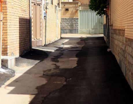 گزارش تصویری /روایتی از اقدام و تلاش در حوزه عمرانی /لکه گیری آسفالت و ترمیم ترانشه /خیابان شهید نیکبخت و مشتاق