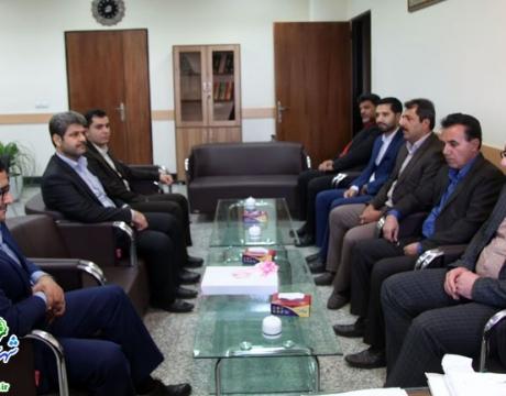 گزارش تصویری/دیدار شهردار و جمعی از مدیران شهرداری مبارکه با رئیس دادگستری شهرستان