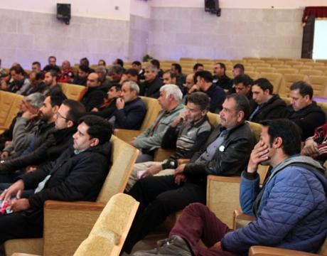 گزارش تصویری / جلسه آموزشی مبارزه با مواد مخدر ویژه کارکنان شهرداری برگزار شد