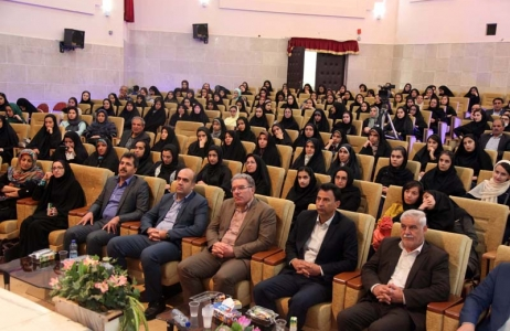 گزارش تصویری /برگزاری بزرگترین همایش کنکور شهرستان مبارکه با همکاری شهرداری و شورای اسلامی شهر مبارکه