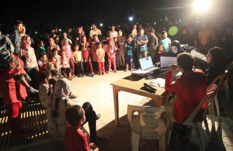 گزارش تصویری/اجرای برنامه فرهنگی رادیو شهر در پارک گل نرگس