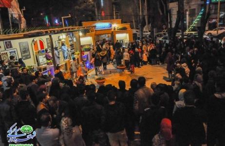 گزارش تصویری | چهارمین شب از جشنواره فرهنگی هنری نوبهار با حضور گسترده شهروندان