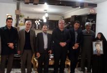 گزارش تصویری/ دیدار شهردار، رئیس و اعضای شورای اسلامی شهر مبارکه با خانواده معظم شهید علی طاهری و شهید ابراهیم غلامی