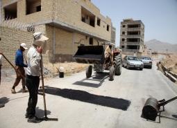آسفالت و بهسازی معابر در شهر مبارکه / لکه گیری آسفالت و ترمیم ترانشه - محله 2…
