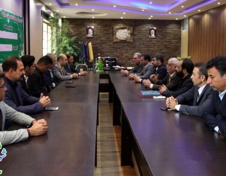 گزارش تصویری / دیدار شهردار ،رئیس و اعضای شورای اسلامی شهر مبارکه با رئیس اداره ورزش و جوانان شهرستان به مناسبت هفته تربیت بدنی