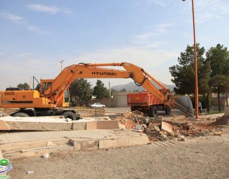 گزارش تصویری/ روایت اقدام و تلاش / شروع عملیات اجرایی بازسازی پارک محله یک صفائیه